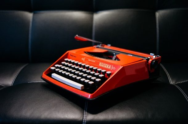 Typewriter Writing: How to Write 2K Words Every Day